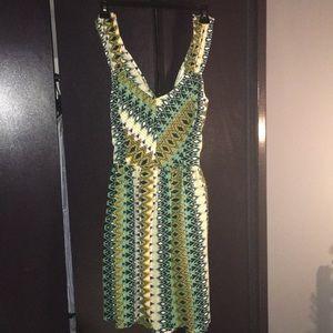 Ladies adorable Bar III Aztec print dress !